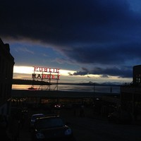 Full_sea_lovelylanvin_pikeplacemarket_dusk