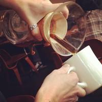 Full_lax_carolineoncrack_stumptown_coffeepour