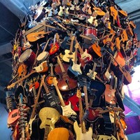Full_lax_wynnewin_emp_guitartower